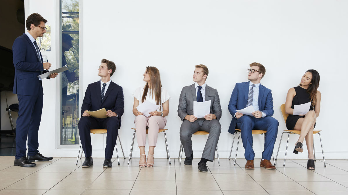 Auditors' recruitment: should the recruiters be involved?